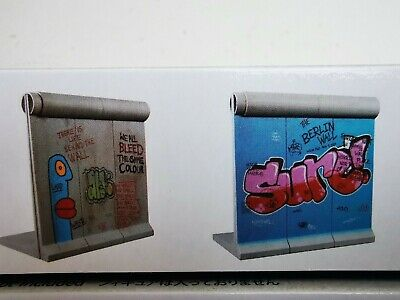 Thierry Noir - Berlin Wall Model Kit - 2 Wall Pieces  • 74.99£