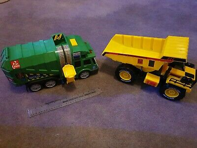 City Recycling Truck & Fast Lane Tipper Truck With Light & Sound • 4.99£