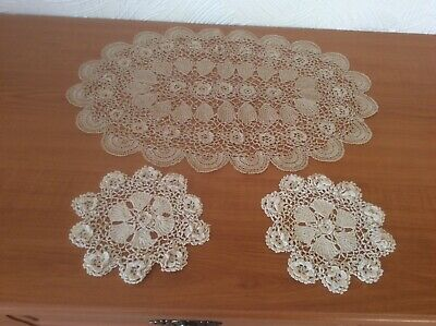 Vintage Crochet Dressing Table Mats - Used • 5£