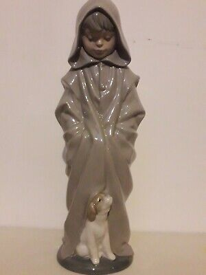10.5  Nao By Lladro Boy With Hood Figurine By Salvador Furio Mint • 14.95£