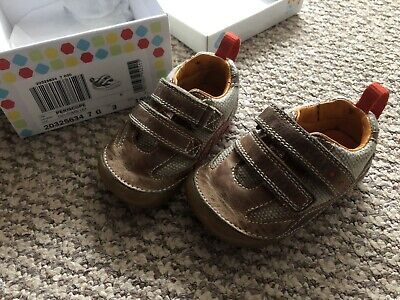 £5 • Buy Clarks Cruiser/ First Soft Baby Shoes Brown  UK 3 G Used