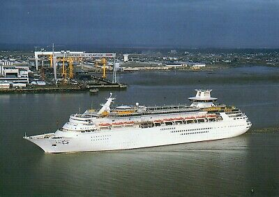 $4.74 • Buy Royal Caribbean Cruise Line MAJESTY OF THE SEAS In Sint Nazaire