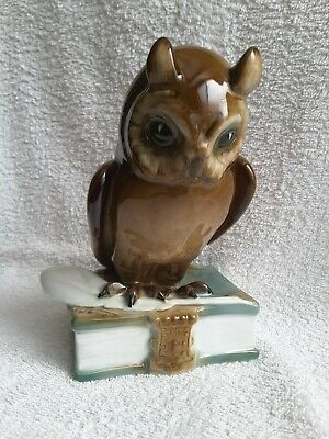 AU140 • Buy Zsolnay Hungary - Wise Owl Sitting On A Book