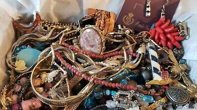 $ CDN13.25 • Buy Vintage Mod Jewelry Lot Necklace  Signed Avon Bartek Sarah Premier Designs 2lbs