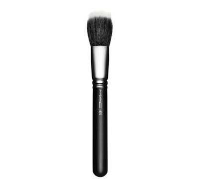 $25 • Buy MAC COSMETICS Synthetic Duo Fibre Face Brush 187S  Brand New/ In Plastic Case