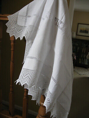 Beautiful Vintage Tablecloth With Crochet Edging And Elaborate Drawnthread Work • 10.99£