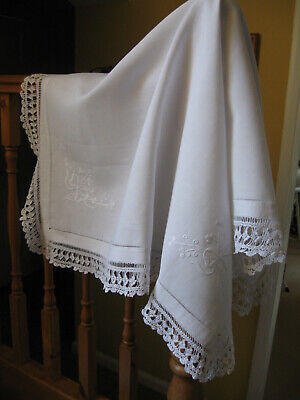 Beautiful Vintage Tablecloth With Whitework Shamrocks And Crochet Lace Edging • 10.99£