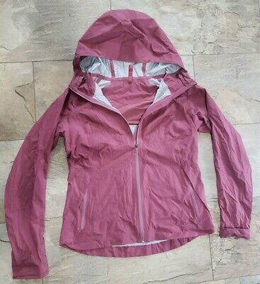 $ CDN170 • Buy Lululemon Women's Size 10 Jacket Top Hoodie The Rain Is Calling