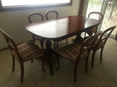 AU80 • Buy Dining Table And Chairs-Queen Anne Vintage