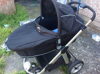 Icandy Apple Stroller - Black - Carrycot And Pushchair With Rain Cover In VGC • 80£