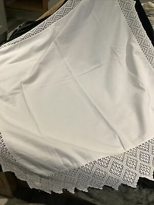 Stunning Vintage White Linen Lace Edged Tablecloth In Good Condition • 16£