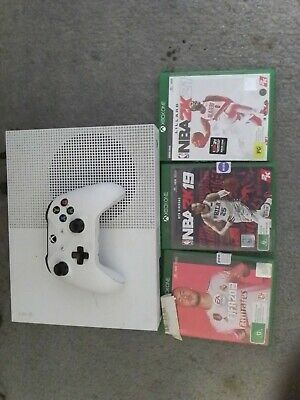 AU168 • Buy Xbox One S 500 GB Console - Excellent Cond, With Original Packaging