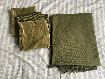 Bedroom Interior Set Two Cushion Covers 50x50 Bed Waffle Throw Green Khaki • 12.99£