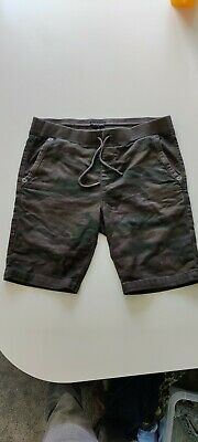 Men's True Religion Shorts - Green Camo - L / Large / 36  • 4.10£