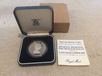 Silver Proof Coin  The Prince Of Wales  And Lady Diana Spencer  1981  • 10£