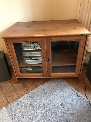 A Large Pine Tv-hifi Cabinet With 2 Glass Doors And 1 Shelf • 10£