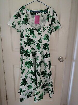 AU20 • Buy Curvaceous Green & White Cocktail Dress - Size 20 / Plus Size Small