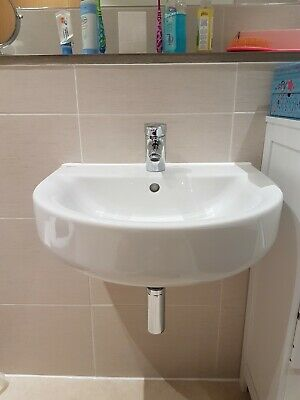 Ideal Standard Basin And Tap • 18£
