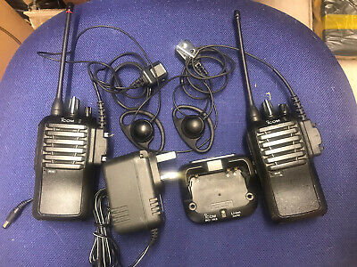 2 X Icom ICF-4002 Radios With Charger And Headsets • 49£