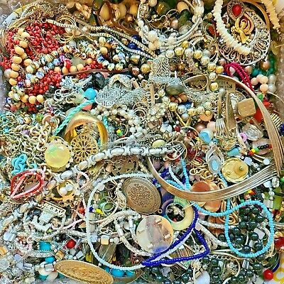 $ CDN23.97 • Buy Unsearched Jewelry Vintage Modern Big Lot Junk Craft Box 3 + POUNDS Pieces Parts