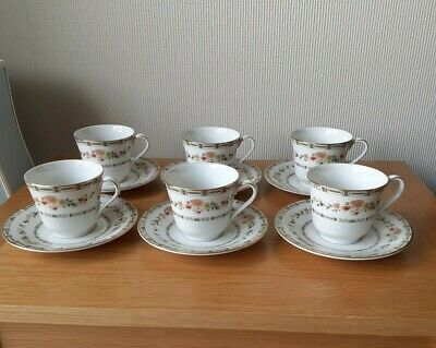 Vintage Fine Bone China Tea Cups And Saucers Set Of 6 -Royal Doulton • 15£