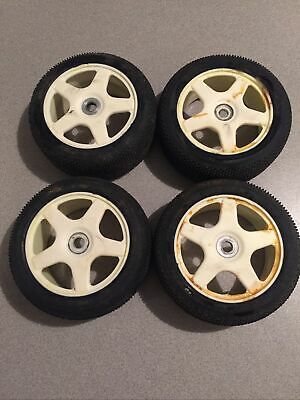 Vintage Kyosho 1/8 Scale Nitro Buggy Wheels & Tires Kyosho Inferno Kyosho Burns • 18.09£