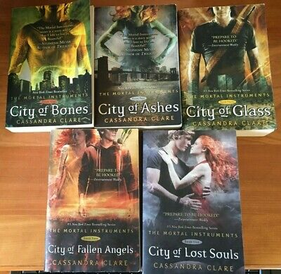 Cassandra Clare MORTAL INSTRUMENTS Lot Of 5  Books #1-5 -  TPB GC  • 16.64£