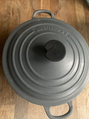 20cm Le Creuset Round Cast Iron Casserole  In Grey With Lid! Black Handle Defect • 76£