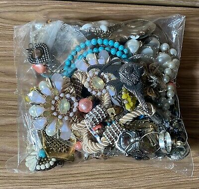 $ CDN22.60 • Buy LOT VINTAGE COSTUME JEWELRY COLLECTION 2 Lbs