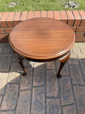 £35 • Buy Vintage Old Coffee Table , Mahogany , Round , Cabriole Legs