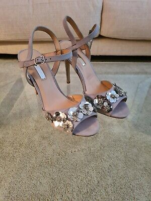 Grey Heeled Sandals With Sequin Flower Detail. Size 6. • 9.99£