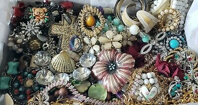 $ CDN45.19 • Buy Vintage Mod Jewelry Lot Necklace Earrings Signed Sarah Coventry LC PD NY +