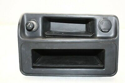 $79.99 • Buy 2003-2006 Chevrolet Silverado Tahoe Yukon Front Center Dash Bezel Lighter P6413