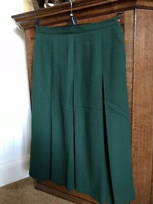 COTSWOLD COLLECTIONS Bottle Green Pleated Skirt 18 • 4.99£