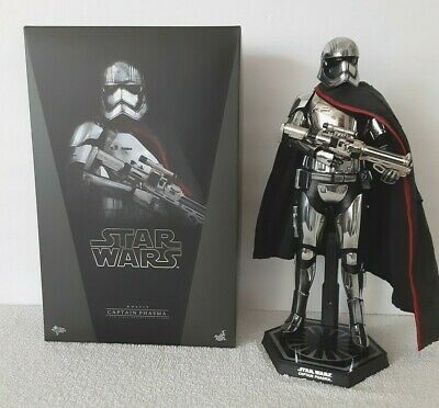 Hot Toys Star Wars The Force Awakens Stormtrooper Captain Phasma 1/6 Figure Used • 80.39£