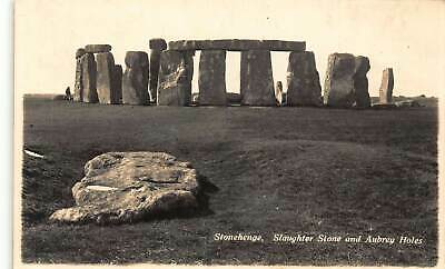Stonehenge Slaughter Stone And Aubrey Holes Postcard • 3.75£
