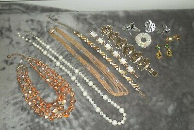$ CDN37.65 • Buy Small Lot Of Vintage Jewelry
