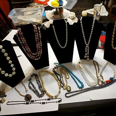 $ CDN12.52 • Buy Vintage Jewelry Lot Necklaces  (F)
