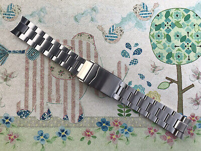 $ CDN95.07 • Buy Strapcode MiLTAT B049 Super Oyster 20mm For Seiko SKX013. Used. Excellent.