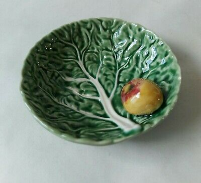 £25.99 • Buy Vintage Bordallo Pinheiro Portugal Cabbage Leaf Dish With Attached Apple 12.5cm