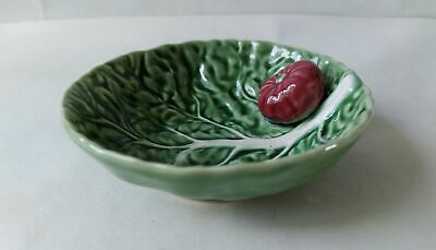 £25.99 • Buy Vintage Bordallo Pinheiro Portugal Cabbage Leaf Dish With Attached Tomato 12.5cm