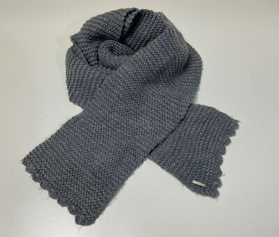 Calvin Klein Grey Knit Scarf Used  • 4.49£