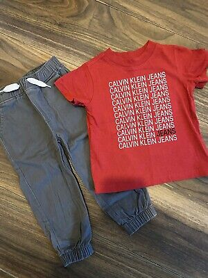 Boys Calvin Klein Outfit Set Age 2 Years • 10£
