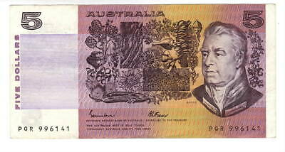 AU1.04 • Buy AUSTRALIA $5 Dollars VF+ Banknote (1985) P-44e Johnston-Fraser Sign Prefix PQR