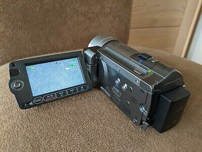 £25 • Buy Canon HF100 Camcorder With Case, Remote And Charger