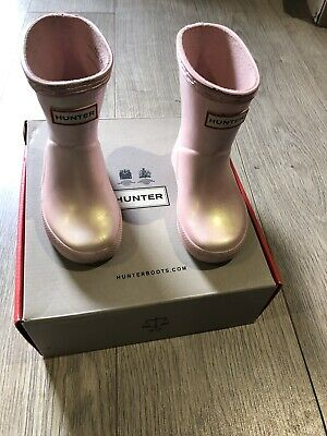 £20 • Buy Hunter Wellies Iridescent Pink Child Size 4 With Box Worn Handful Of Times £40