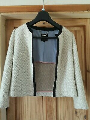 £35 • Buy Beautiful Ted Baker, Chanel Style Cream And Black Suit Jacket Size 3