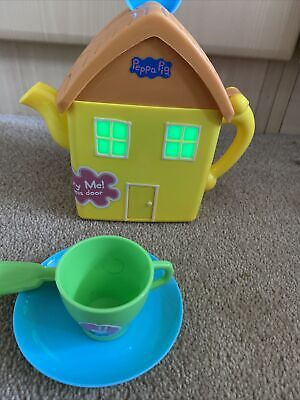 £12 • Buy Peppa Pig House Teapot Light Up Sound Musical House Tea Pot Toy Cup Saucer Party