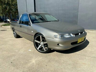AU11990 • Buy 1999 Holden Commodore VS III S Utility Extended Cab 2dr Auto 4sp 710kg 3.8i A