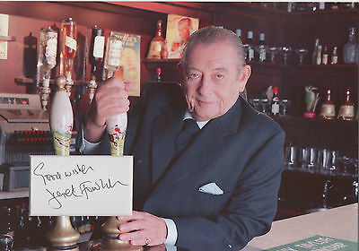 £39.99 • Buy DEREK FOWLDS Signed 12x8 Photo Display HEARTBEAT & YES MINISTER COA